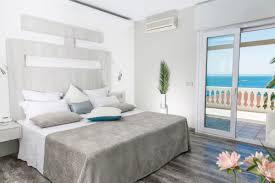 hotel avec service en chambre chambre spéciale avec vue sur la mer 5 hôtel vistabella roses