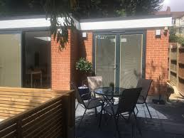 100 Modern Summer House Spacious With Patio Perfect For Families Underhill