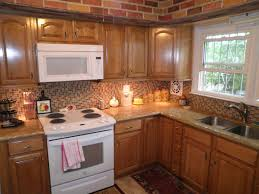 Kitchen Backsplash With Oak Cabinets by Kitchen Kitchen Colors With Honey Oak Cabinets Beverage Serving
