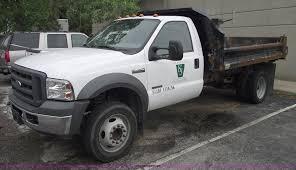 100 Pickup Truck Dump Bed 2005 Ford F450 XL Super Duty Dump Bed Pickup Truck Item 55