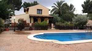100 Rustic Villas FORTUNA 4 Bedrooms Country Villa With Pool BBQKitchen