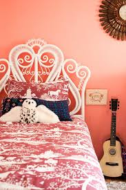 20 Super Fab Heart Shaped Bed Designs Worth Falling in Love With