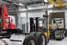 Semi Truck Service & Repair - Veterans Truck And Trailer Service
