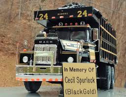 BlackGold' Scale Memorial Mack Made In Honor Of Kentucky Coal Hauler ...