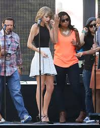 Hey Jimmy Kimmel Halloween Candy by Taylor Swift Rehearses For U0027jimmy Kimmel Live U0027 Oceanup Teen Gossip
