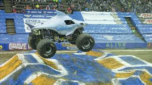 100 Monster Trucks Video VIDEO How Crews Transform US Bank Arena With 100 Truckloads Of Dirt