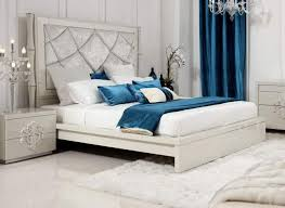 Transitional Design High Quality Bed in Italian Top Leather