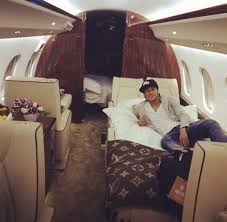 Neymar charters luxury jet for Santos match