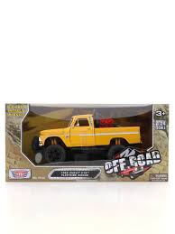 100 Diecast Truck Models Motormax 124 Off Road 1966 Chevy C10 Fleetside Pickup DieCast