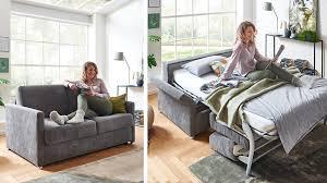 kleines wohnzimmer große wirkung 9 tipps moebelmarkt