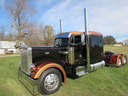 1984 PETERBILT 359 SHOW TRUCK