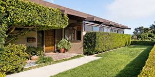 100 House For Sale In Malibu Beach Homes Homes Featured Listings
