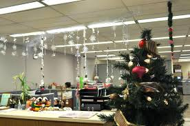 company holiday party decorating ideas having a christmas cubicle