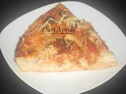 pâte a pizza épaisse et moelleuse pizza poulet mozzarela mes