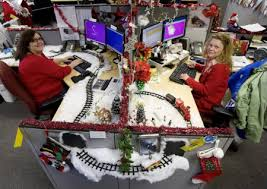 Cubicle Decoration Themes In Office For Christmas by Office Christmas Cubicles Com Blog