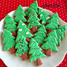 Christmas Tree Meringues by Sugar Dot Cookies December 2014