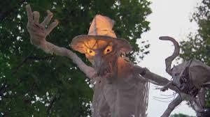 Outdoor Halloween Decorations Diy by Video Diy Outdoor Halloween Decorations Martha Stewart