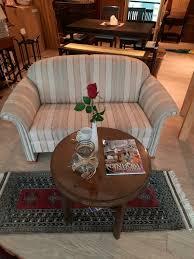 sofa couchtisch antik modern