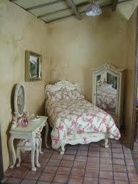 Bedroom Parisian Style Furniture Shaker Style Bedroom Dressers
