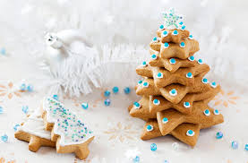 Christmas Tree Meringues James Martin by Gingerbread Tree Recipe Goodtoknow