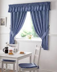 stilvolle vorhänge für wohnzimmer ikea gardinen lila
