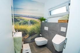 fototapete im gästebad fischerhaus fertighäuser aus bayern