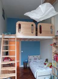 chambre d enfant avec mezzanine chambre des loulous