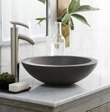 moderne waschbecken lassen das badezimmer zeitgenössischer