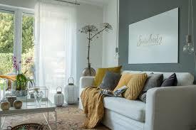 herbstliche deko im wohnzimmer raumkrönung wohnberatung