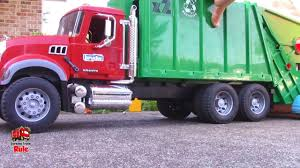 Garbage Truck Videos For Children L Diggers, Dump Trucks & Garbage ...
