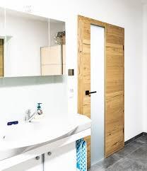 innentür aus holz mit glasausschnitt badezimmer türen