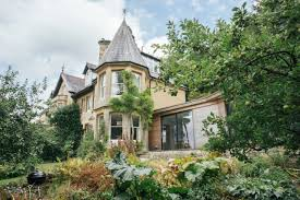 100 Victorian Property A Homes Modern Makeover WSJ