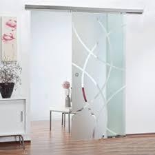 raumteiler aus glas sind ideal für lichtdurchflutete räume