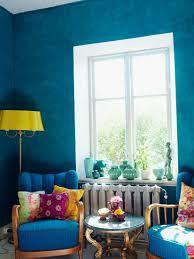 wohnzimmer mit blauen wänden antiken bild kaufen