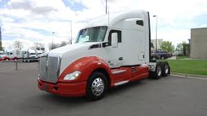 Multiple 2016 Kenworth T680 76