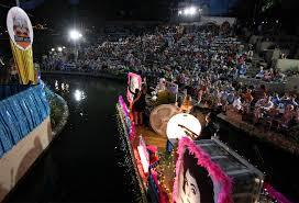 Parade Float Decorations In San Antonio by Texas Cavaliers U0027 River Parade Has Deep Roots San Antonio Express