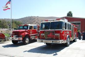 New $600,000 Fire Engine Among Vehicle Purchases Approved For City ... Home Page Hme Inc Hawyville Firefighters Acquire Quint Fire Truck The Newtown Bee Springwater Receives New Township Of Fighting Fire In Style 1938 Packard Super Eight Fi Hemmings Daily Buy Cobra Toys Rc Mini Engine Why Are Firetrucks Red Paw Patrol Ultimate Playset Uk A Truck For All Seasons Lewiston Sun Journal Whats The Difference Between A And Best Choice Products Toy Electric Flashing Lights Funrise Tonka Classics Steel Walmartcom Delray Beach Rescue Getting Trucks Apparatus