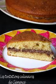 dessert au yaourt nature gâteau au yaourt fourré au nutella les tentations culinaires de