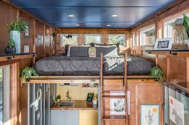 cornelia tiny house industrial schlafzimmer nashville
