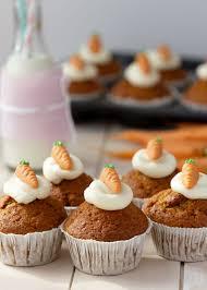 möhren muffins mit frischkäse frosting