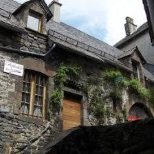 chambre d hote salers chambre d hôtes de l asphodèle au coeur de la cité médiévale de