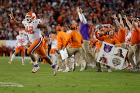 Pumpkin Patch Lawrence And Benton by 310 Pound Clemson Lineman Does The Splits In Celebration