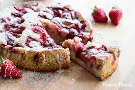 erdbeer rhabarber kuchen mit zitronen buttermilch boden