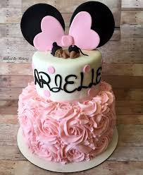 Baby Minnie Mouse Baby Shower Theme by The 25 Best Minnie Mouse Bow Ideas On Pinterest