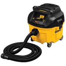 DEWALT 8 gal HEPA Dust Extractor with Automatic Filter Cleaning
