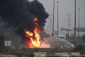 Witness Describes Tanker Truck's '90-degree Turn' In Fiery Crash ... Five Die In Ondo Tanker Explosion 3 Dead After Truck Crashes And Explodes Smyth County Tanker Sending Deadly Fireball Across Italy Motorway Oil Tanker Fire Wasatch Fire Why Cant I Find Any European Scs Software Truck Explosion Three Dead 60 Injured After Collapses Fiery Crash Shuts Down I94 Near Troitdearborn Gnville The Daily Gazette Of A On The Highway Montreal Canada Full 2 Men Fuel Kivitvcom Boise Id 105 Freeway Kills Two People Nbc