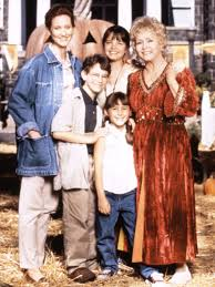 Halloweentown 2 Characters by Halloweentown Cast History With Kimberly J Brown