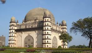 List Of Famous Historical Monuments India And Their Builders