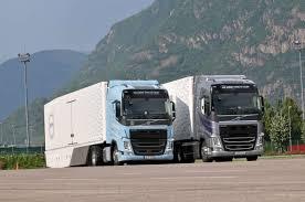 Duel Tussen LNG En Diesel Volvo's Op De Brenner - BIGtruck