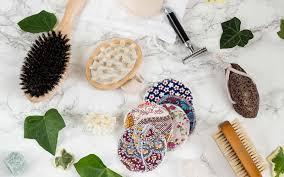 tipps für ein minimalistisches badezimmer mit naturkosmetik